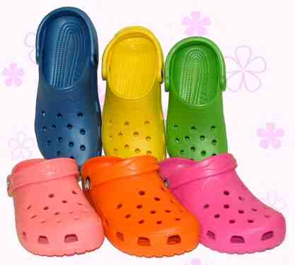Crocs low res