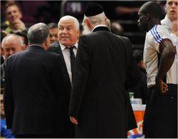 Rabbi Grossman Pini Gershon Knicks
