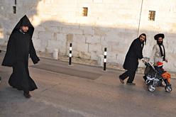 Haredim Monk Old City Road