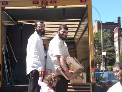 Getzel Rubashkin Moving to Crown Heights 8-10