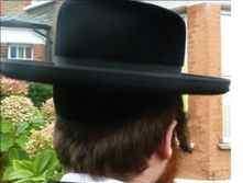 Haredi man back of head