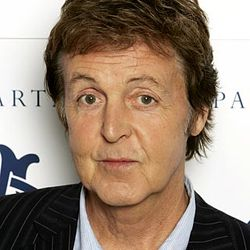 Former Beatle Paul McCartney Attends Chabad Fundraiser In New Jersey