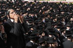 Funeral for Jaffa bones Jerusalem 3-28-11