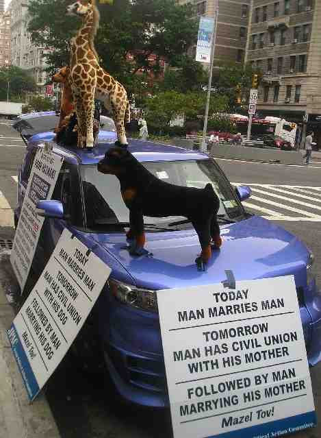 JPAC anti-haredi anti-gay protest UWS 9-27-11