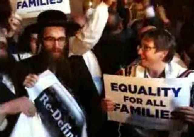 Rabbi Sharon Kleinbaum and Satmar Hasid.