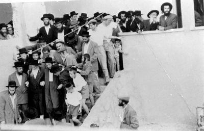 Satmar Rebbe on visit to Israel 1959