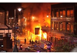 London Riots 8-2011
