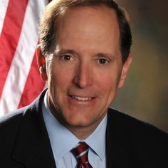 Rep. Dave Camp (R)