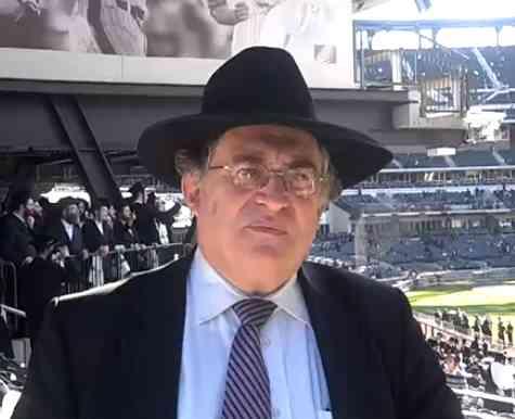 Rabbi Paysach Krohn CitiField 5-20-2012