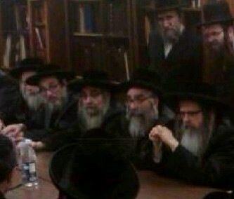 Left to right- Pupa Rebbe,; Rabbi Aron Teitelbaum, Satmar Rebbe; Rabbi Israel Hager (Son of the Monsey Viznitz Rebbe;  Rabbi Zalmen Teitelbaum; Satmar Rebbe.jpg