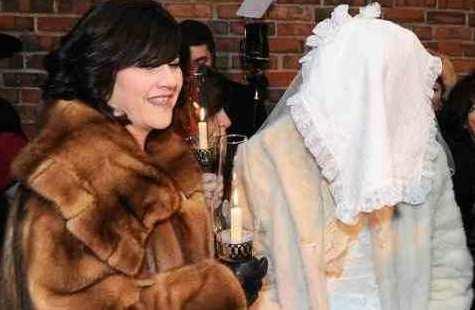 Leah Rubashkin and daughter Mushka at Mushka's wedding in Crown Heights 1-24-2013