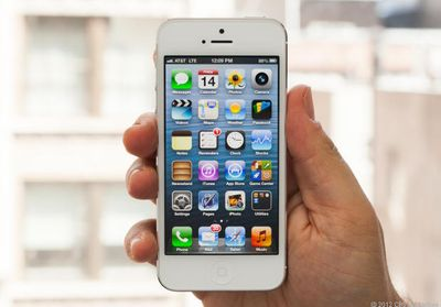 IPhone 5 hand