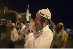 Na Nach Breslov political party leaders Lior Shai Tzafrir, Moshe Yanai in background