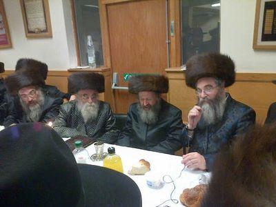 Rabbi Padwa visits Rabbi Chaim Halpern's synagogue on the last day of Hanukkah 12-16-2012