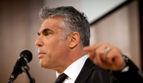 Yair Lapid profile finger point