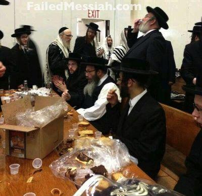 Rabbi Leib Glanz prison release l'chaim Kiryas Joel 5-29-2013 3