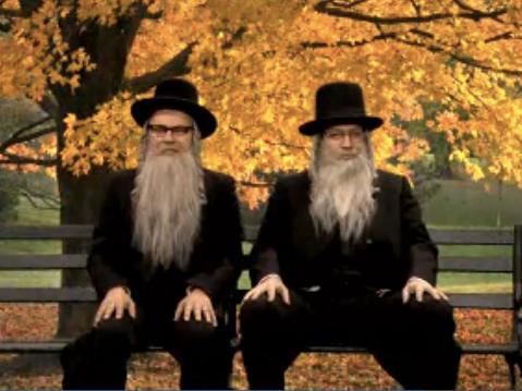 Billy Crystal and Jimmy Fallon as hasidim in Schmuck Dynasty gag 11-19-2013