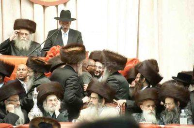 Ken Thompson with Rabbi Moshe Gabbi (Friedman) 11-23-2013