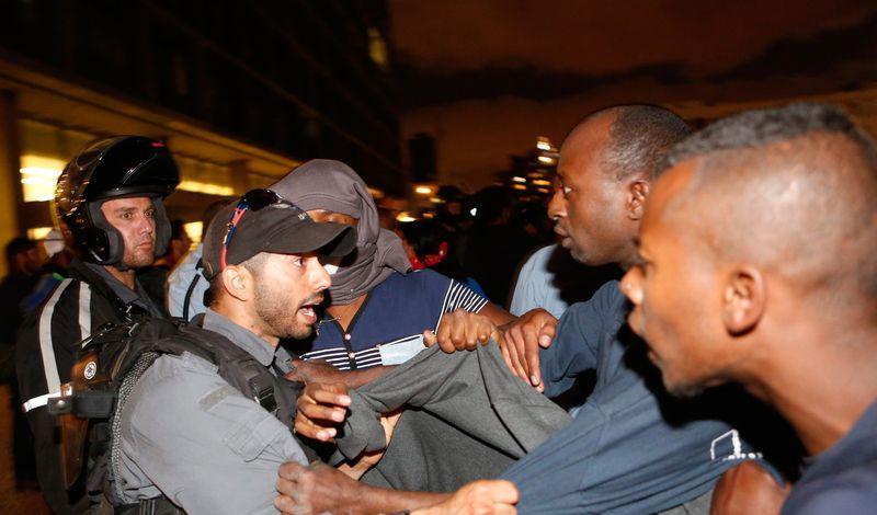 Police and Ethiopian Jews Rabin Square Tel Aviv 5-3-2015 anti-racism protest