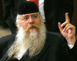 Rabbi Meir Porush small no hat finger