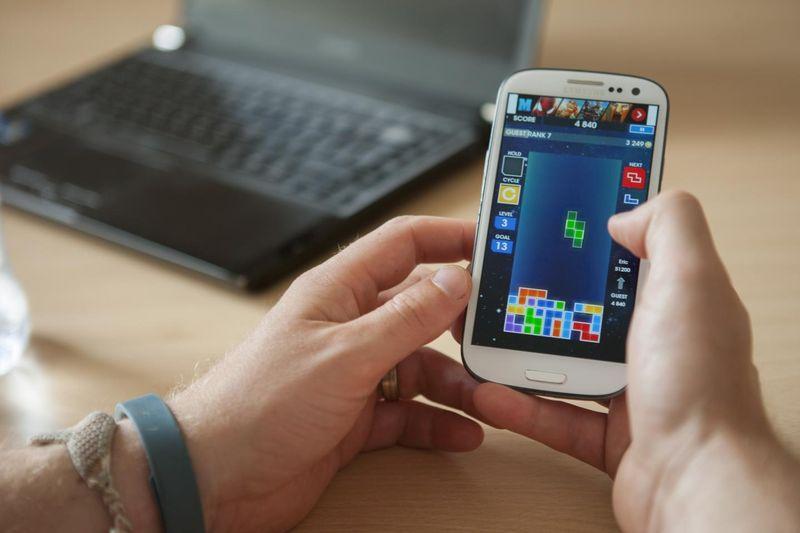 PlayingTetris on a smartphone