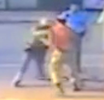 Ethiopian IDF soldier Damas Pakada being attacked by police in Holon 4-26-2015